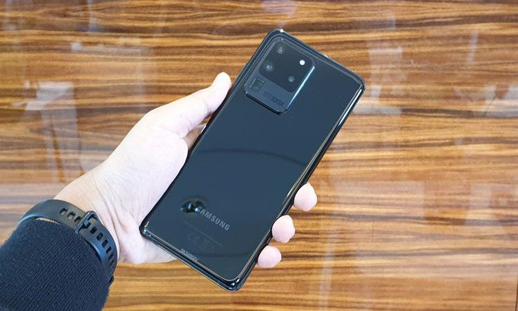 Samsung Galaxy S20 Ultra: Series 20 yang Paling Sempurna
