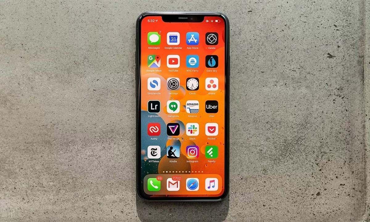 iPhone 11 Pro Max: Series 11 Paling Superior